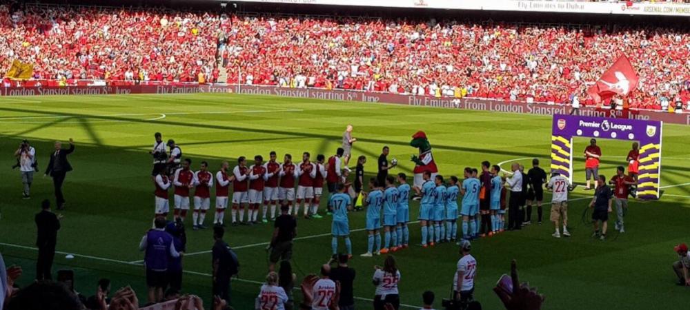 """""""Merci, Arsene"""". Wenger s-a despartit cu un 5-0 de Arsenal, la finalul unui meci emotionant! Jucatorii i-au oferit """"garda de onoare"""""""