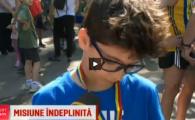 """Reactia amuzanta a acestui copil cand a fost intrebat ce medalie a luat la crosul Bucurestiului: """"Nu stiu, cred ca e de fier sau metal!"""""""