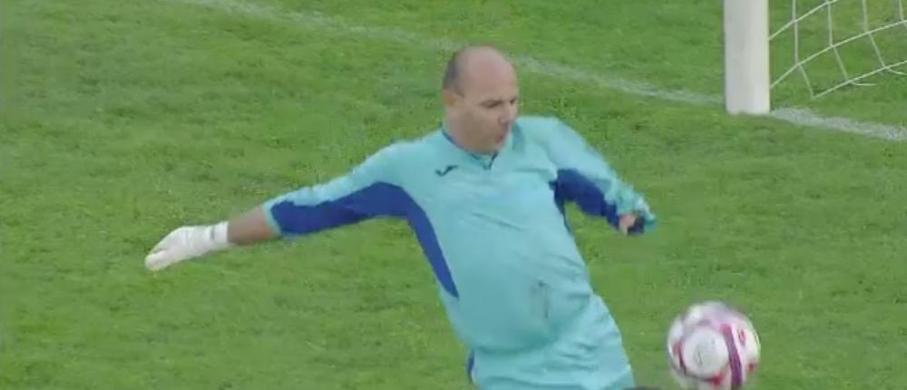 Rapid a marcat golul care NU S-A VAZUT in poarta goalkeeperului cu o singura mana! Caz FABULOS in Romania