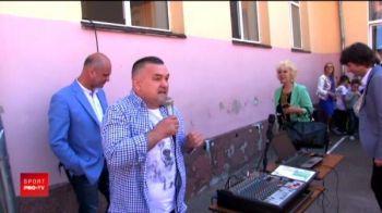 """Doroftei, profesor de box pentru cei mici in Urlati: """"N-am ramas niciodata corigent!"""" Cum a fost primit fostul campion"""