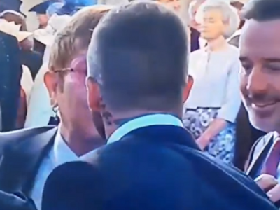 Momentul surpriza de la nunta regala: Beckham si Elton John s-au pupat pe gura :) VIDEO