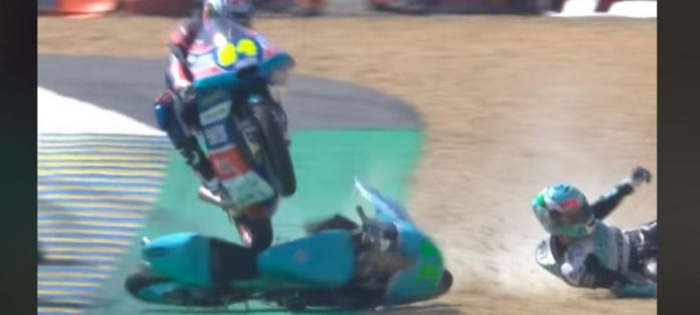 Asa ceva nu s-a mai vazut niciodata! Un pilot din Moto GP a SARIT peste o alta motocicleta! Cum s-a terminat totul