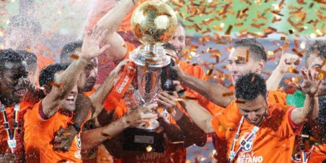 Asta ar fi MAREA LOVITURA a verii! Transferul de CHAMPIONS LEAGUE gandit de CFR Cluj:  S-ar plia pe jocul lui Dan Petrescu!