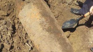Reacția unor copii din Cluj după ce au descoperit un proiectil neexplodat