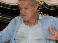 "LISTA NEAGRA la FCSB: ""O sa plece 8 jucatori!"" Surpriza uriasa: la cine renunta Becali in aceasta vara"