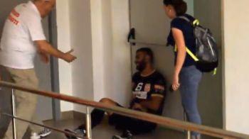 Imagini socante la derbyul Dinamo - Steaua, la handbal! Un jucator a lesinat in drumul spre vestiare, altul a ajuns la urgente! Stelistii au castigat meciul 2 al finalei