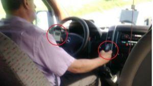 Sofer de microbuz, filmat butonand doua telefoane la volan. Reactia unui pasager. VIDEO