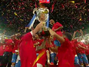 RENASTEREA CRAIOVEI: Cupa dupa 25 de ani pentru Universitatea! Zlatinski si Baluta au ridicat trofeul! VIDEO PREMIEREA