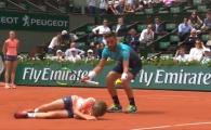 Imagini SOC la Roland Garros! Adversarul lui Zverev a facut KO un copil de mingi pe teren! VIDEO