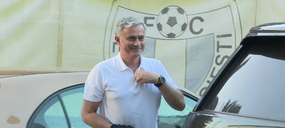 """Aflat in Romania, Mourinho a mai facut un transfer la United: """"E foarte talentat"""" 22 de milioane pentru un fundas"""