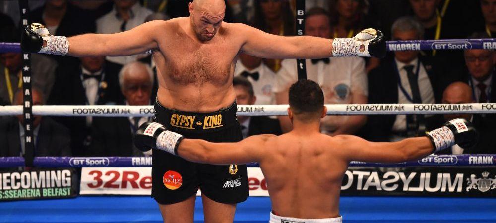 Scene uluitoare la revenirea lui Tyson Fury in ring! Ce au facut ce doi boxeri in timpul meciului cand mai multi fani s-au luat la bataie langa ring