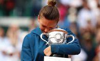 """De ce nu a venit Simona Halep cu trofeul original la Bucuresti: """"Nu e el prea mare, dar este deosebit"""""""