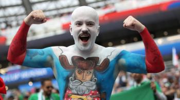 Zeci de mii de oameni au ramas in afara stadionului! Ce s-a intamplat cu cei care n-au prins bilete la Rusia - Arabia Saudita