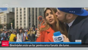 Ce a patit o jurnalista din Columbia in timp ce transmitea in direct de la Campionatul Mondial :) VIDEO