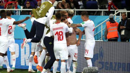 SERBIA 1-2 ELVETIA CUPA MONDIALA 2018 | Shaqiri a dat lovitura in prelungiri iar Serbia este CONDAMNATA sa invinga Brazilia! Cum arata clasamentul grupei E inainte de ultima etapa
