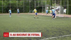 Meci de fotbal maraton pentru politistii romani! Ce au facut in cea mai lunga zi din an