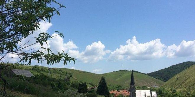 Satul din Romania in care nu exista hoti:  Lasam banii la poarta