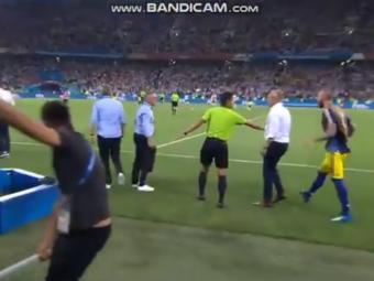 Scene INCREDIBILE! Oficialii nemti i-au provocat pe suedezi la final! Selectionerul a sarit la bataie:  Am fost furios!  VIDEO