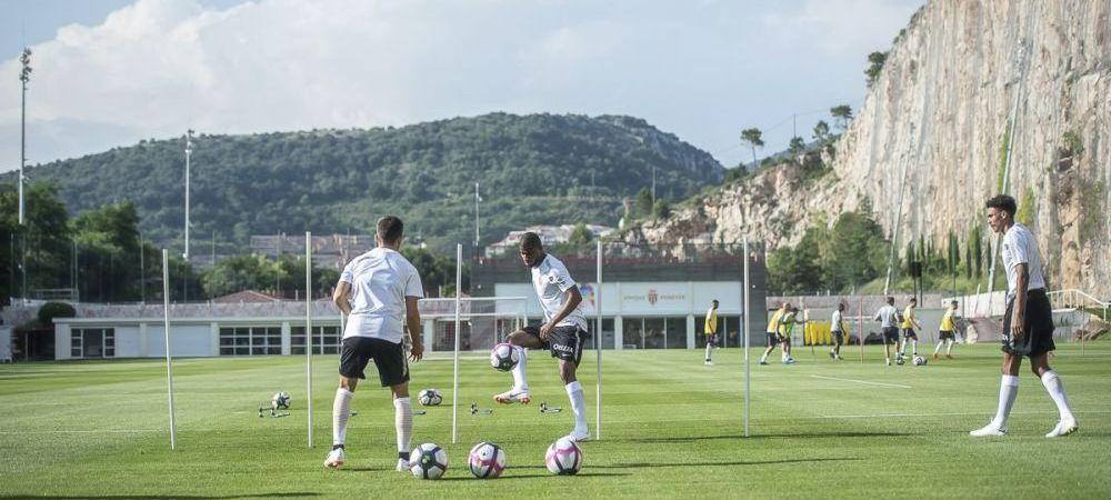 Un pusti BIJUTERIE a plecat azi de la Barcelona! A fost deja prezentat oficial de noua sa echipa