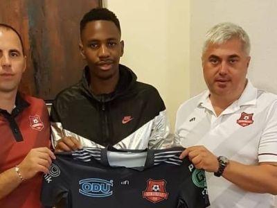 Sezonul trecut juca in fata lui Neymar si Mbappe, azi a ajuns in Liga 1! Poate fi lovitura verii in Romania! Cu cine a semnat