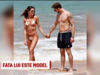 """Oricine are nevoie de un """"ingeras""""...pazitor :) Portarul Germaniei s-a logodit un model Victoria's Secret"""