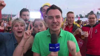 FABULOS! Ce a patit reporterul Pro TV in mijlocul a 20.000 de belgieni dupa victoria cu Brazilia! Imagini DEMENTIALE la Stirile din Sport de la Pro TV la 19.40