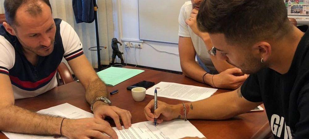 OFICIAL: CFR Cluj a mai facut un transfer! A luat un fotbalist care a fost aproape de nationala Italiei
