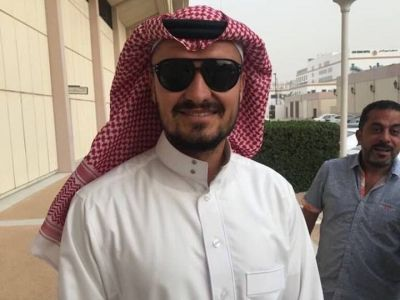 S-a imbracat ca un seic! Aparitie SENZATIONALA a lui Budescu in prima zi la Al Shabab. :)) Cum a fost pozat