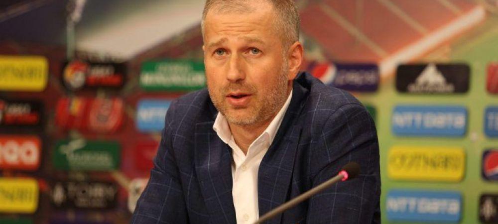 """Vreau sa-i transmit asta lui Dan Petrescu"". Edi Iordanescu a venit la conferinta de presa dupa ce a castigat primul sau trofeu si a surprins"