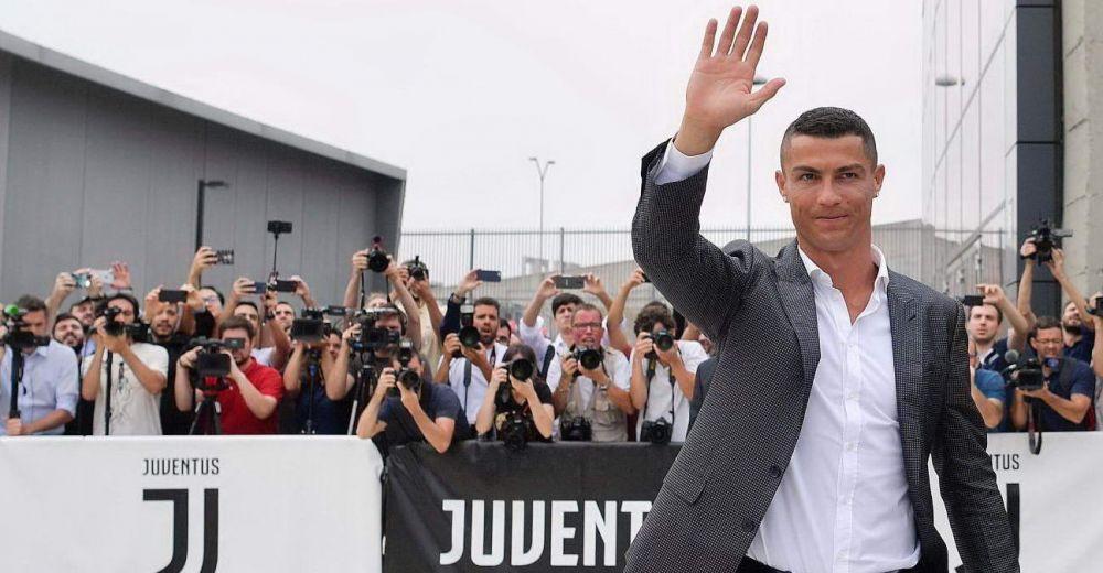 Cristiano Ronaldo DAY la Torino | LIVE prezentarea portughezului la Juventus. Acum face vizita medicala