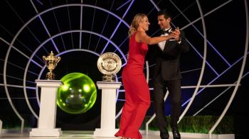 Ce a ratat Simona Halep! Djokovic a dansat cu Angelique Kerber la petrecerea castigatorilor de la Wimbledon 2018. VIDEO