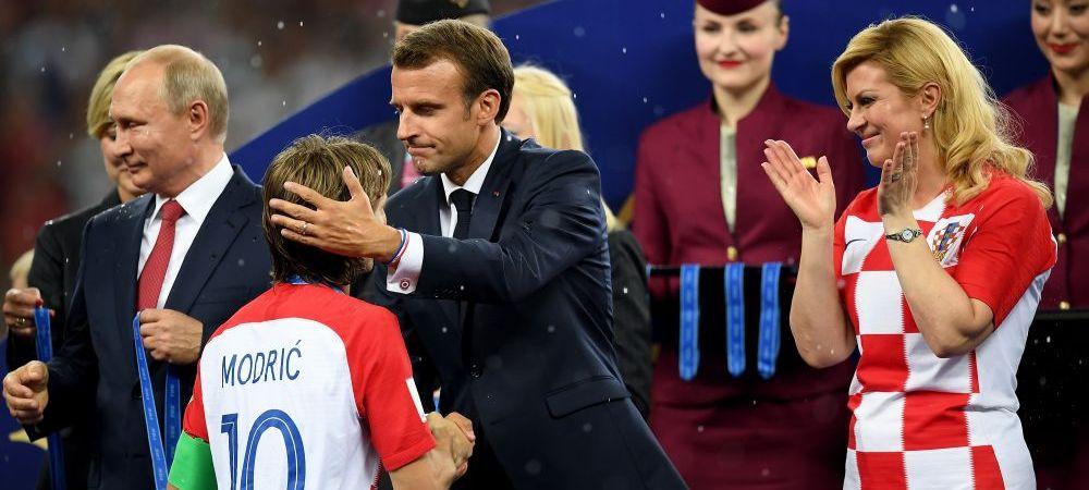 Cum a fost surprins Emmanuel Macron! A mers in vestiarul Croatiei dupa finala Mondialului   IMAGINEA ZILEI
