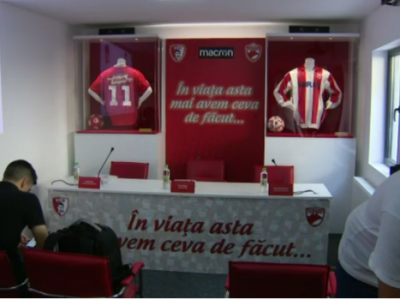 AICI LIVE VIDEO: Dinamo isi prezinta echipamentul pentru noul sezon! Cum arata tricourile