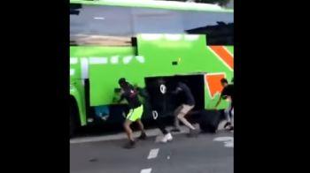 Imagini incredibile intr-un oras al Frantei! Cum este jefuit un autocar plin cu pasageri aflat in mers, de o banda de talhari