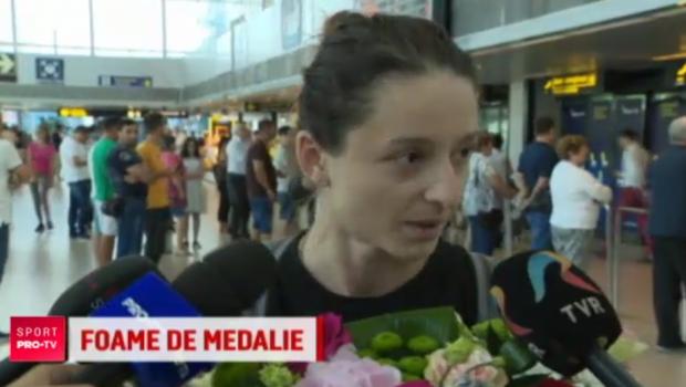 """Ana-Maria Branza s-a intors de la Mondiale cu argintul, dar si cu o foame cat China: """"Fratilor, niciodata nu mi-a fost atat de greu"""". VIDEO"""