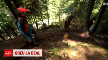 Imagini spectaculoase la Romaniacs: un concurent si-a scapat motocicleta in rapa // VIDEO