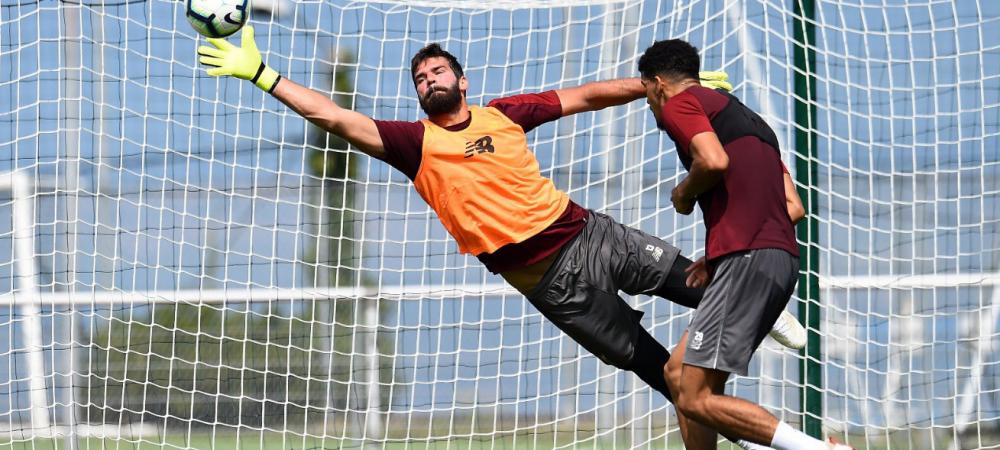 Alisson a facut SENZATIE la primul antrenament la Liverpool! L-a lasat mut pe Salah cu parada sa | VIDEO