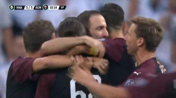 Ce gol, ce bijuterie! Higuain a avut nevoie de doar 4 minute pentru a marca in tricoul lui Milan | VIDEO