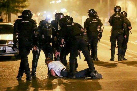 Reactia jandarmilor dupa violentele de la protestul din Piata Victoriei. Unde au fost vazuti e socant