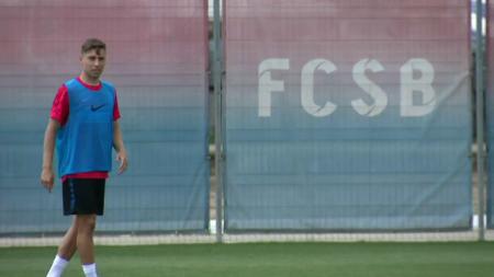 Primele imagini cu Alexandru Stan in tricoul FCSB-ului:  Tata e rapidist, plangea cand i-am spus!  Nedelcu este noul ROBOCOP al echipei FOTO
