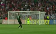 Baluta, aproape de golul sezonului in Cehia! A incercat un lob ca HAGI, bara l-a scapat pe portar