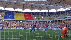 Caz INCREDIBIL: suspendati pentru ca PROPRIII fani l-au BOMBARDAT pe Nedelcu?! Ce risca FCSB la UEFA si care e prima reactie a lui Becali