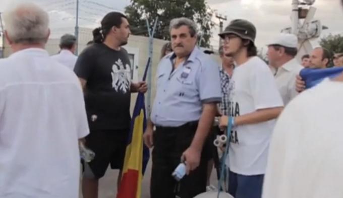 ULTIMA ORA. Zeci de ROMANI cu copii nu sunt lasati sa intre in Moldova, de 2 zile