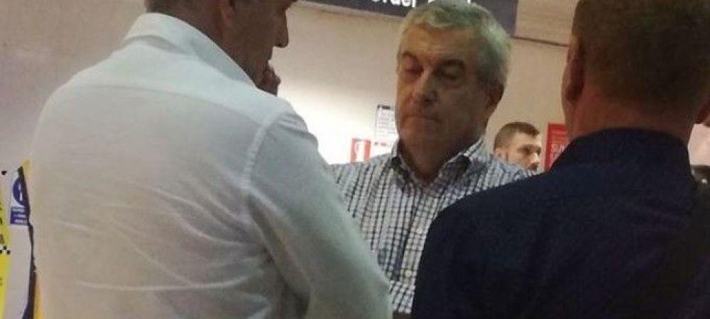 """Un roman a mers la Tariceanu pe aeroport si i-a zis """"Sa va fie rusine!"""" Ce i-a raspuns politicianul"""