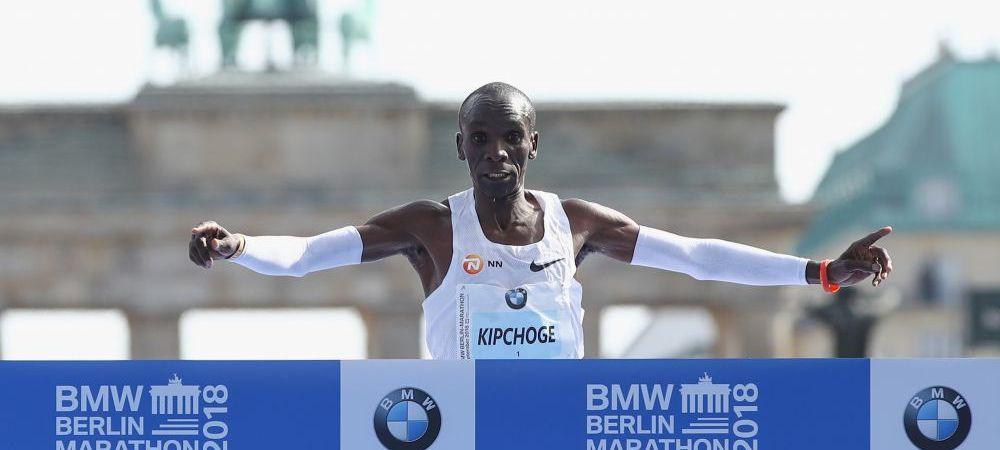 Moment incredibil la Maratonul de la Berlin! Recordul Mondial a fost batut cu mai bine de un minut! De 51 de ani nu s-a mai intamplat asa ceva