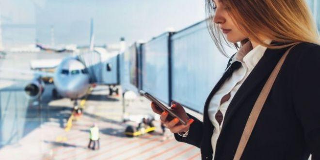 Sfanta smecherie: operatorii de telefonie au gasit un tertip pentru a taxa iar roamingul