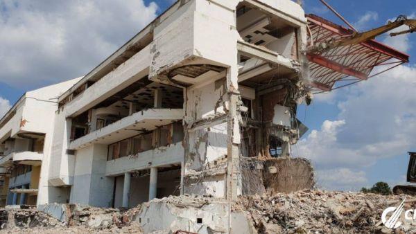 Ghencea, DEMOLAT! Noi imagini cu lucrarile de la stadionul Steaua! A mai ramas doar oficiala. VIDEO