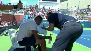 """Gest INCREDIBIL in tenis: arbitrul s-a dat jos din scaun si s-a dus la Kyrgios: """"Vreau sa te ajut!"""" Ce pedeapsa a primit"""