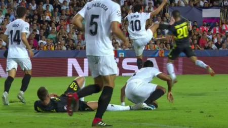 VIDEO REZUMATE   DOUA GOLURI din penalty Juventus! Ronaldo, OUT din minutul 30: Valencia 0-2 Juventus, SOC LA MANCHESTER: City 1-2 Lyon. Young Boys 0-3 Man United