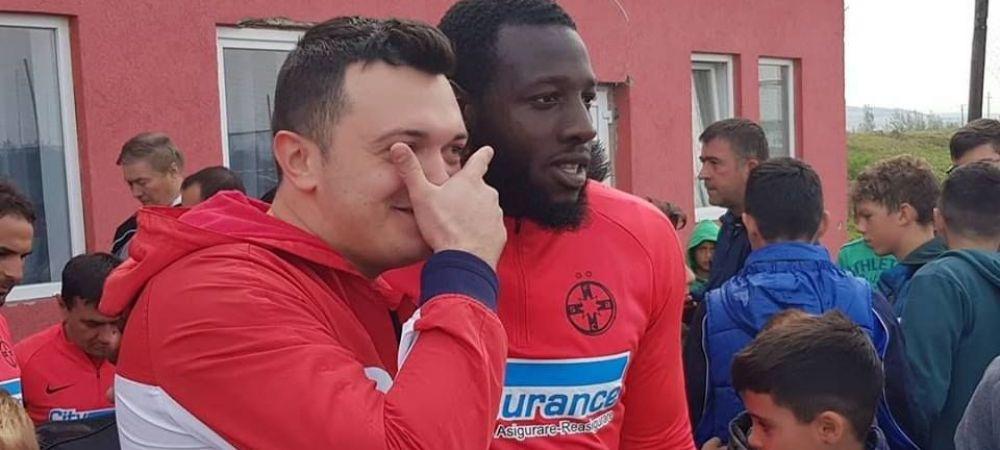 HERMANNSTADT - FCSB | ASEDIU in vestiarul echipei lui Dica! Ros-albastrii au fost asaltati de fani inainte de meci